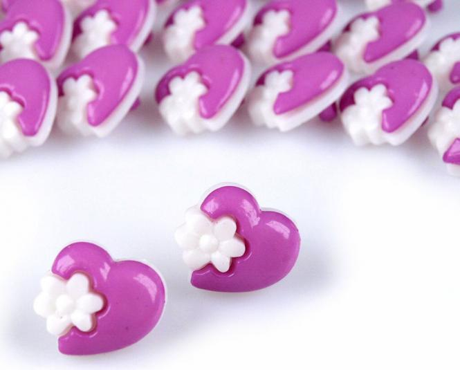 10 Knöpfe Herzen mit Blumen lila